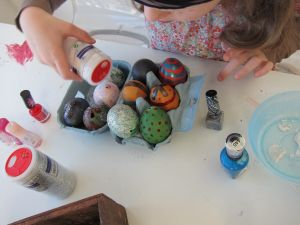Decorating eggs at the party
